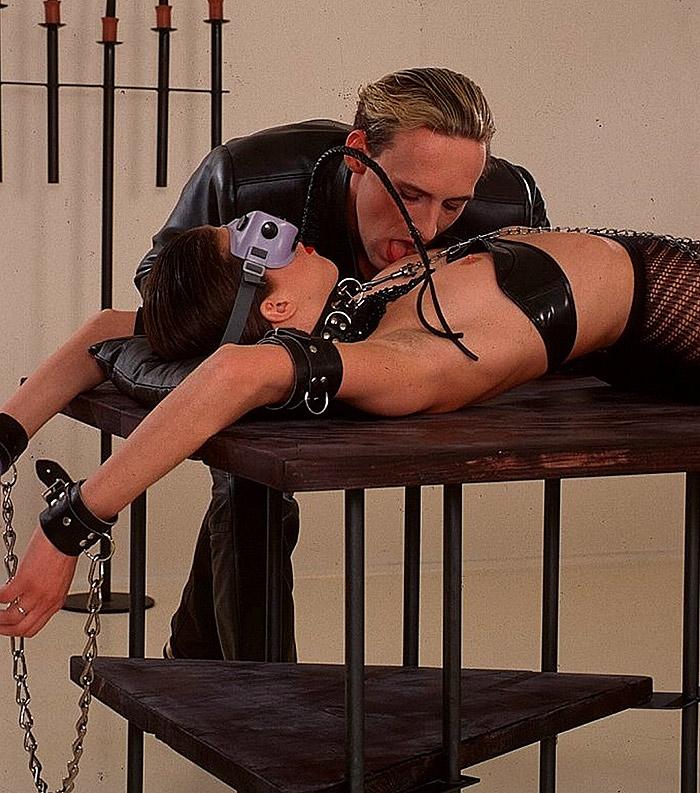 Sklavin Folter